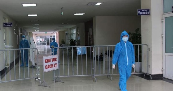 Vietnamese hospital temporarily locked down as man dies from lung problems