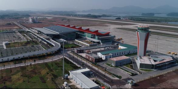 Van Don Airport in northern Vietnam reopens after one-month halt