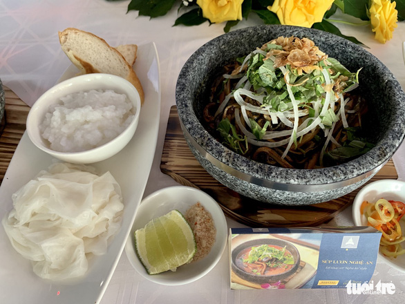Vietnam's top 100 dishes, food gifts announced