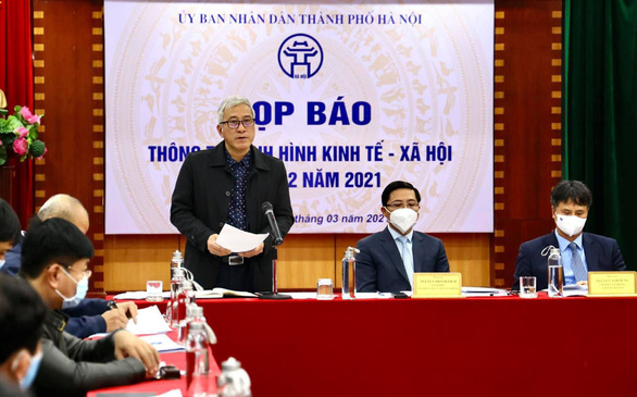 Hanoi to offer COVID-19 vaccination to non-residents: official