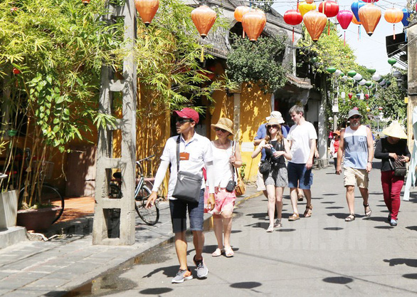 Vietnam eyes stepwise plan to reopen to foreign tourists
