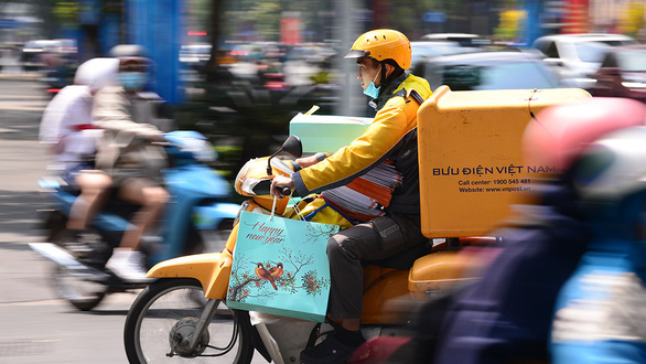 Vietnamese banks concerned as mandate forces withholding of tax money from client accounts