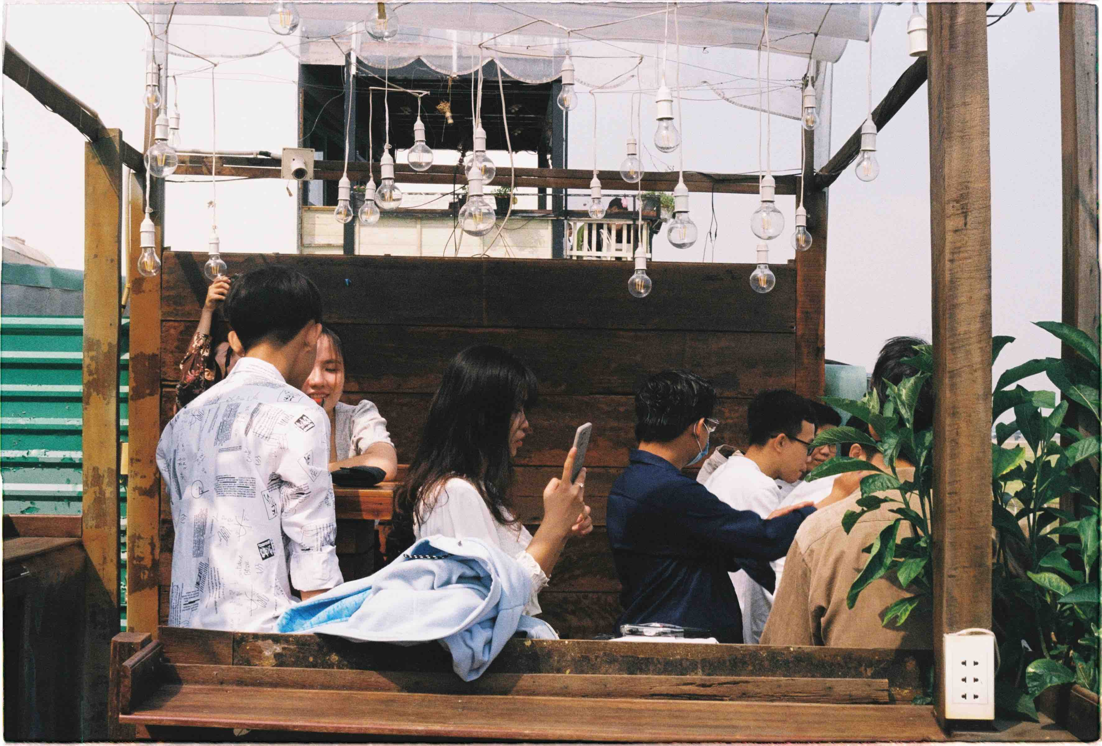 Phen's café is typically filled with customers on the weekends. Photo: Linh To / Tuoi Tre