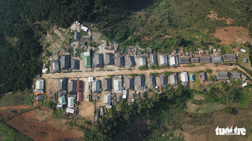 An aeriel photo of Cu Vai's houses flanking its main street in the northern province of Yen Bai. Photo: Ngoc Quang / Tuoi Tre