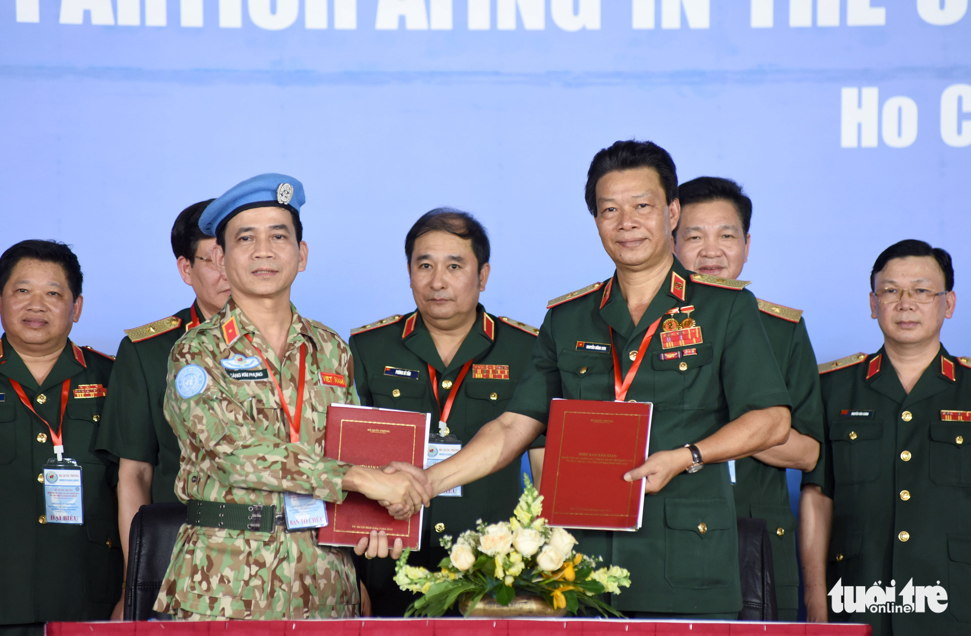 A ceremony is organized in Ho Chi Minh City, March 23, 2021 to send off staff members of Vietnam's third Level-2 Field Hospital to South Sudan for a UN peacekeeping mission. Photo: Duyen Phan / Tuoi Tre