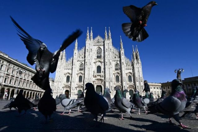 From Venice to Lake Como, Italy's tourist gems fight to stay afloat