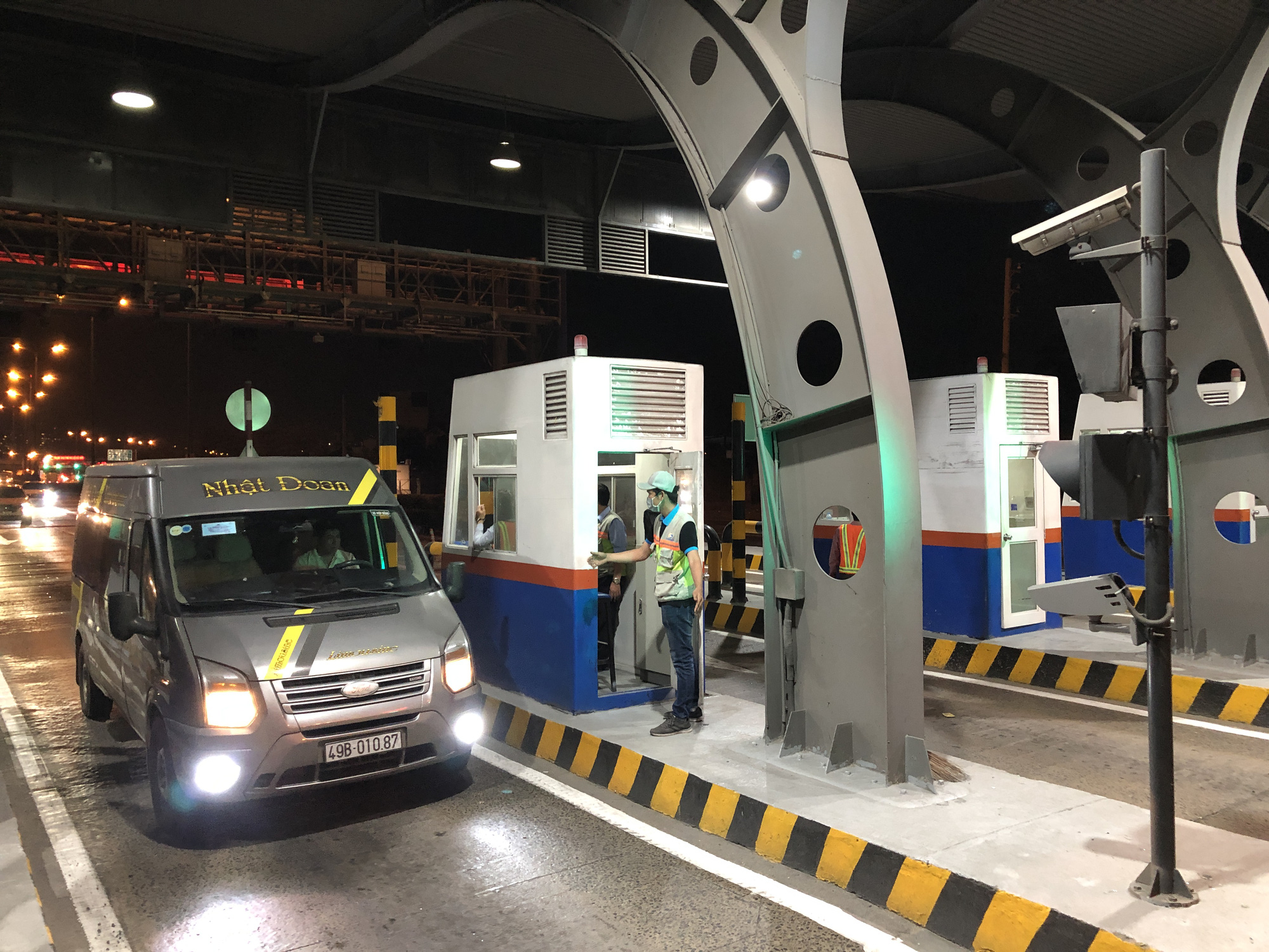 Toll collection on Hanoi Highway to resume from April