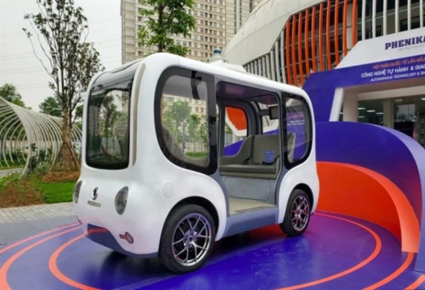 Vietnam's first self-driving car debuts