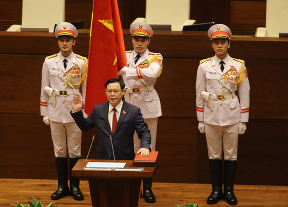 Party chief of Hanoi Vuong Dinh Hue elected as chairman of Vietnam's National Assembly