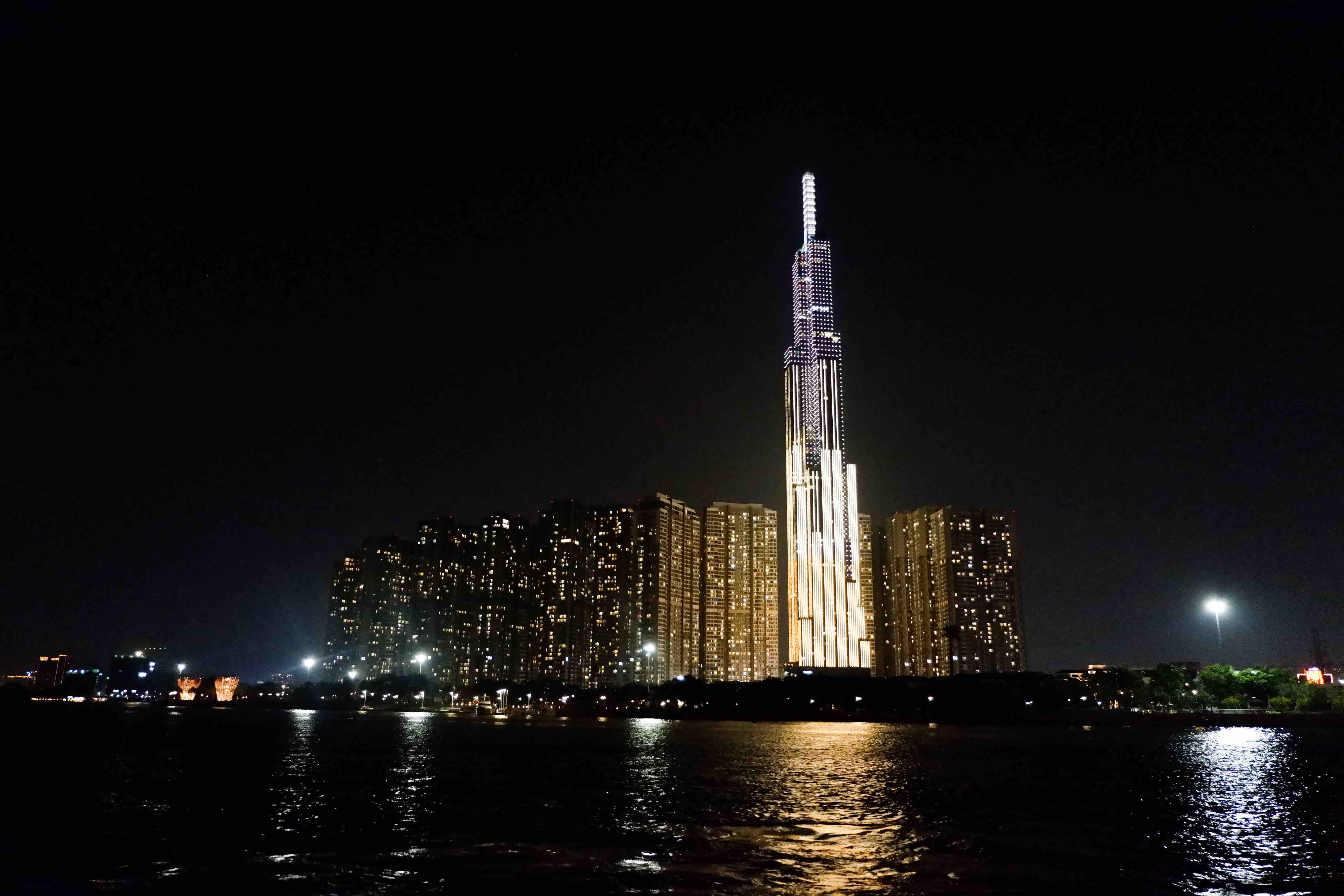 The iconic Landmark 81skyscraper at night from the waterbus view is seen in the photo on March 31, 2021. Photo: Linh To / Tuoi Tre