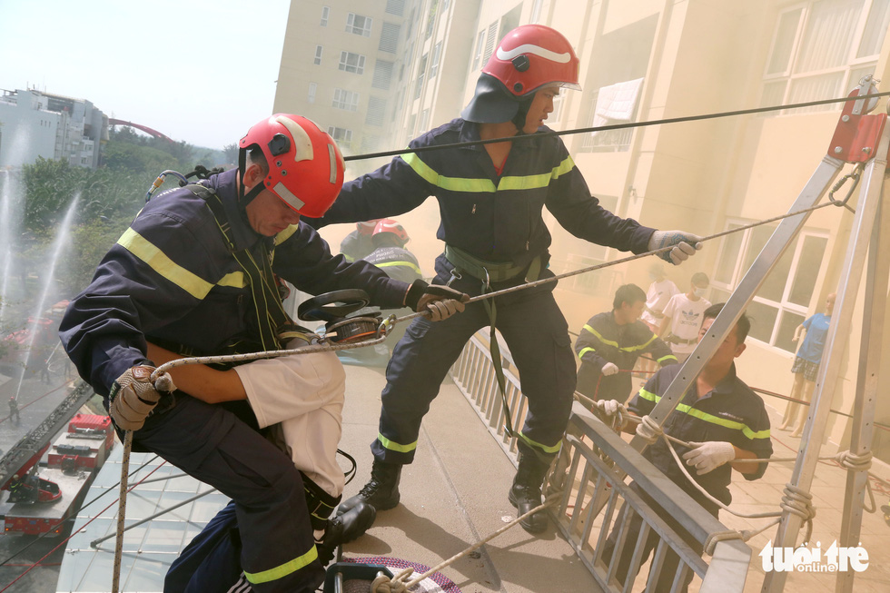 Ho Chi Minh City firemen, rescuers practice hard daily to save lives