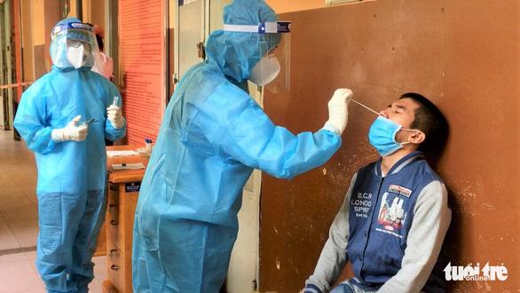Vietnam hastens plan for 'vaccine passport' acceptance