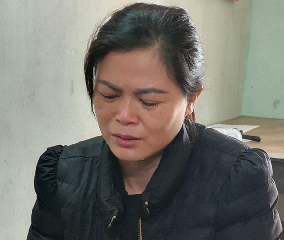 In Vietnam, woman held for killing drunk husband by drowning him in basin