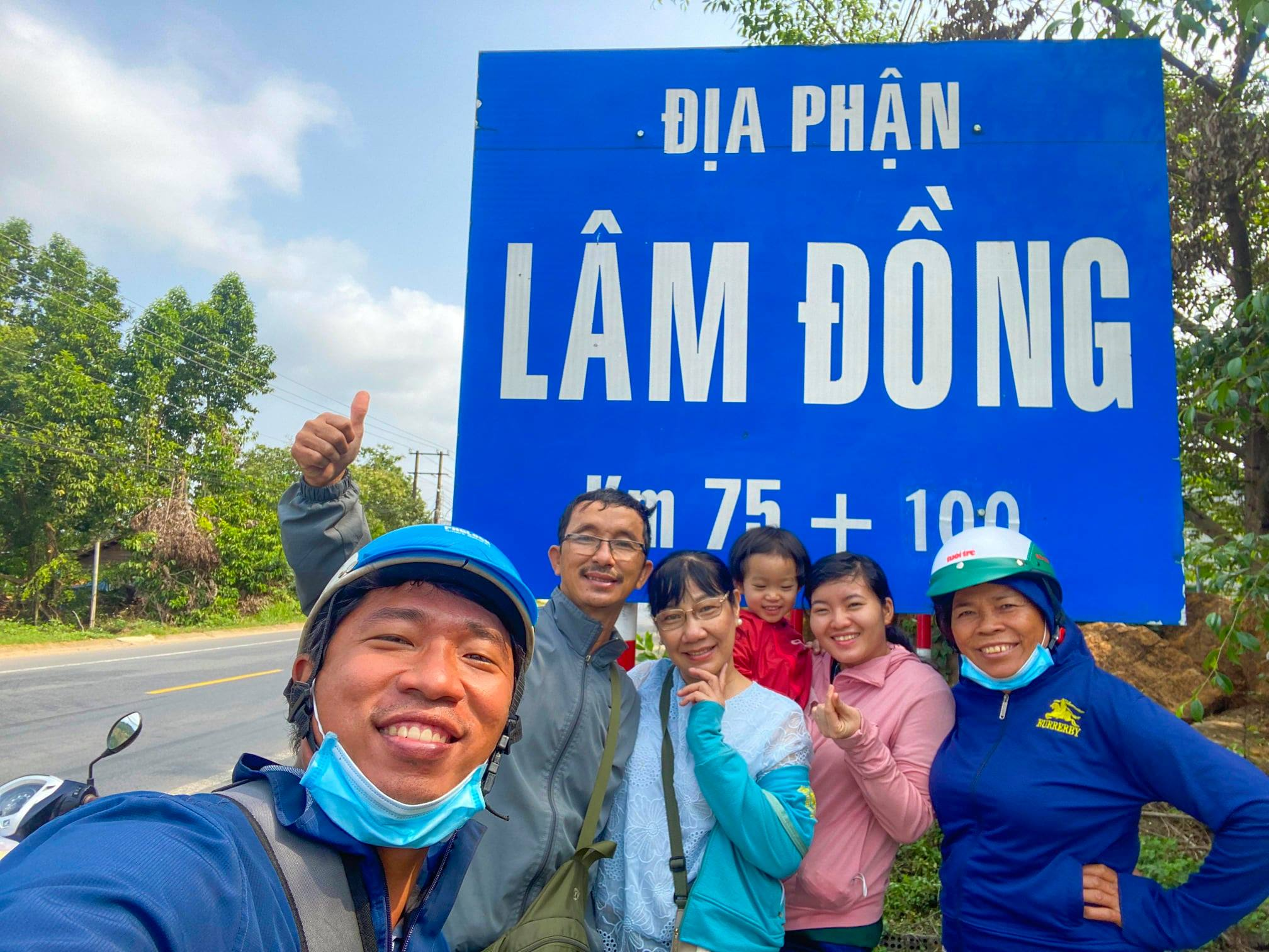 The whole crew stops to take a rest and pose for photo when arriving the Central Highlands Province of Lam Dong. Photo: Supplied