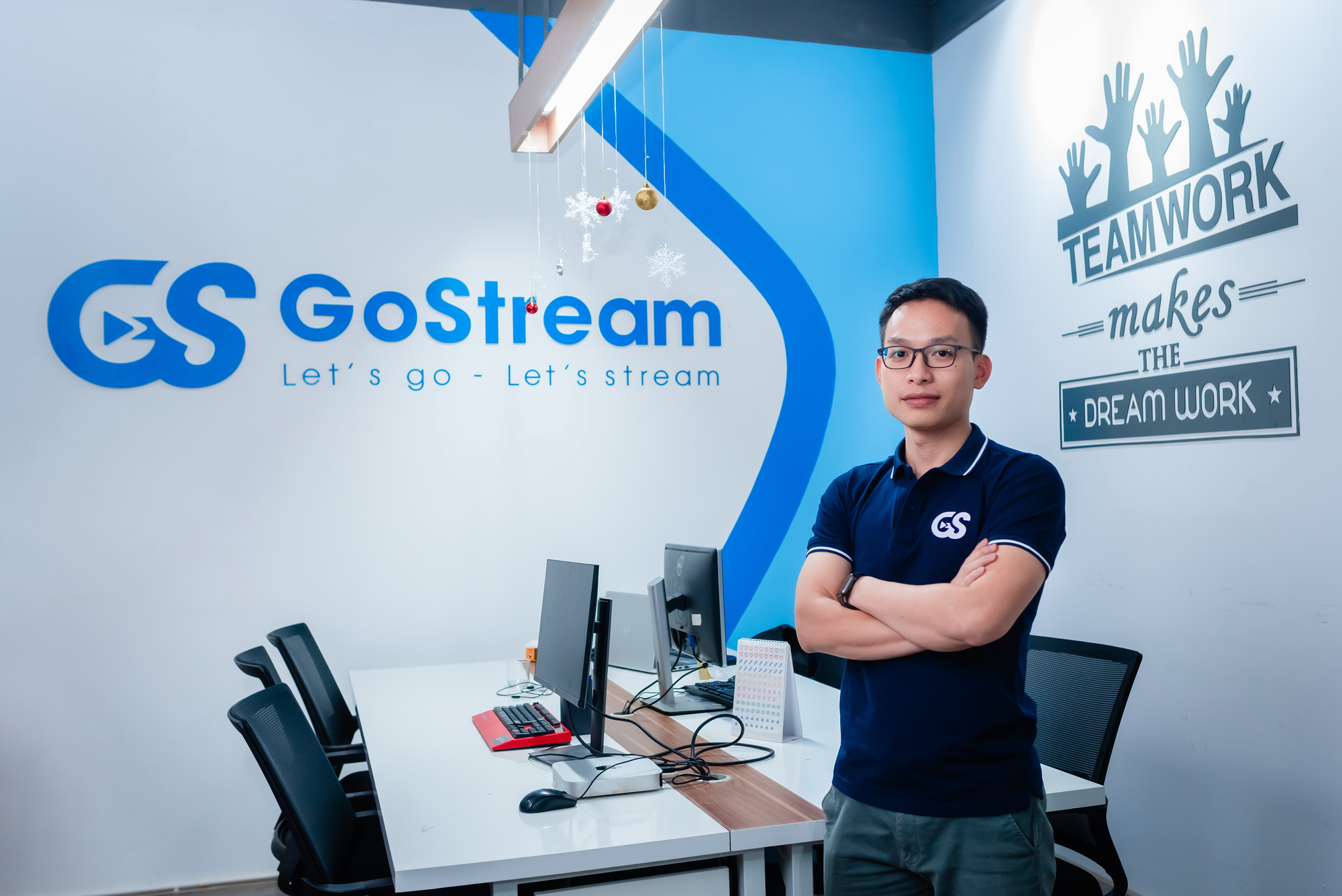 Vietnamese millennial quits well-paid job to make his dream come true