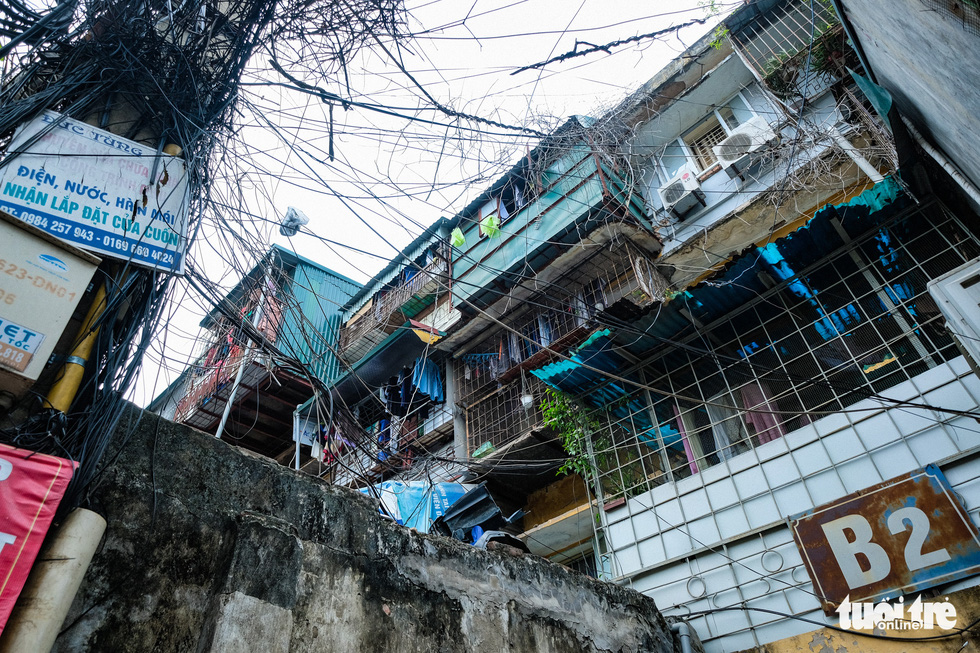 The B2 building in the Van Chuong condominium area. – Photo: Nam Tran / Tuoi Tre