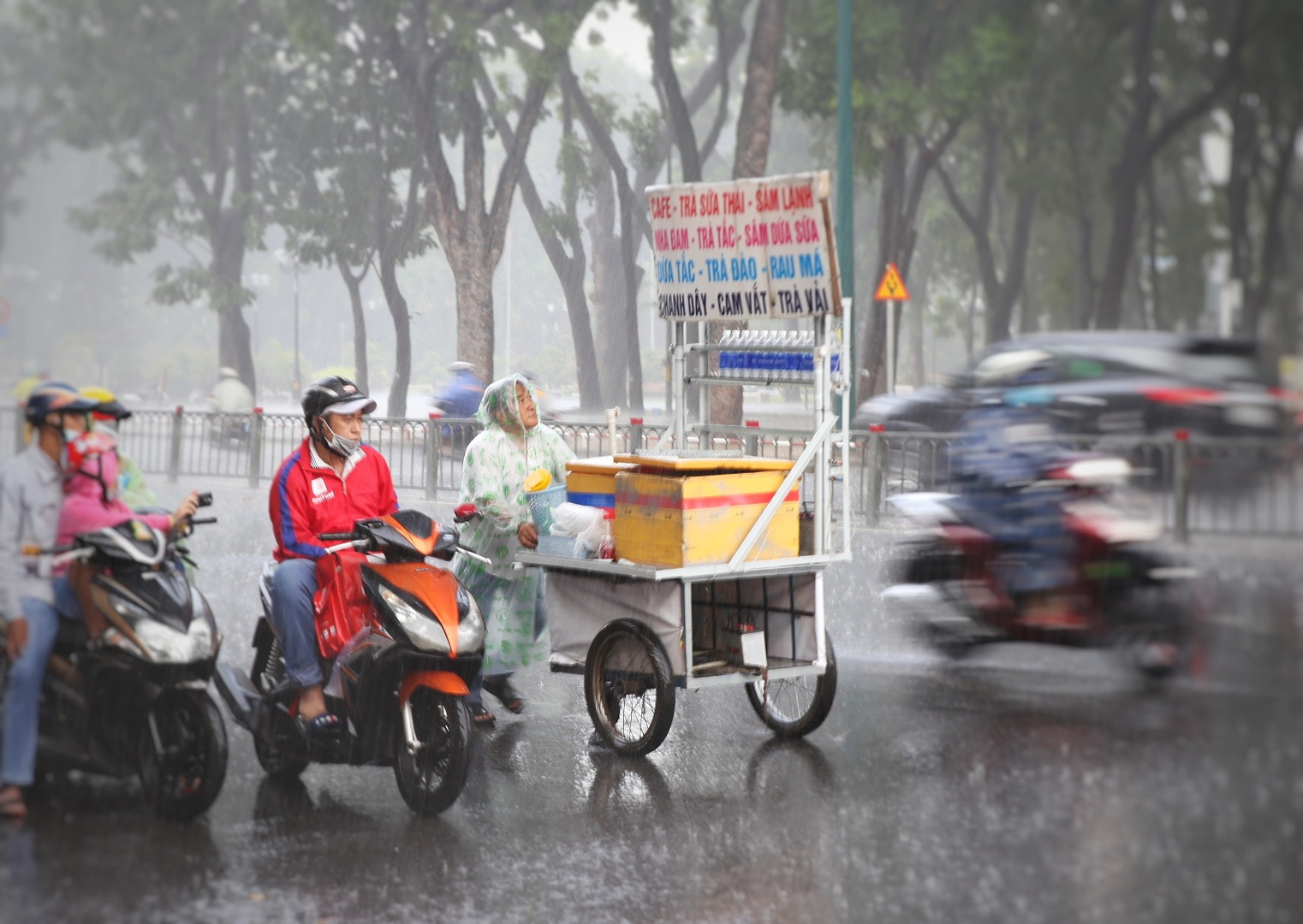 Rain, thunderstorms to batter southern Vietnam over next 8 days