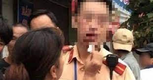 Drunk motorbike driver arrested for assaulting police officers in northern Vietnam