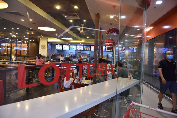 Lotteria Vietnam denies report of shutdown, insists on business continuation
