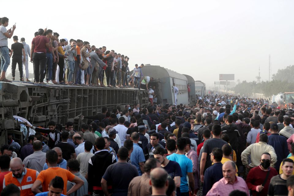 Eleven dead, 98 injured after train derails in Egypt