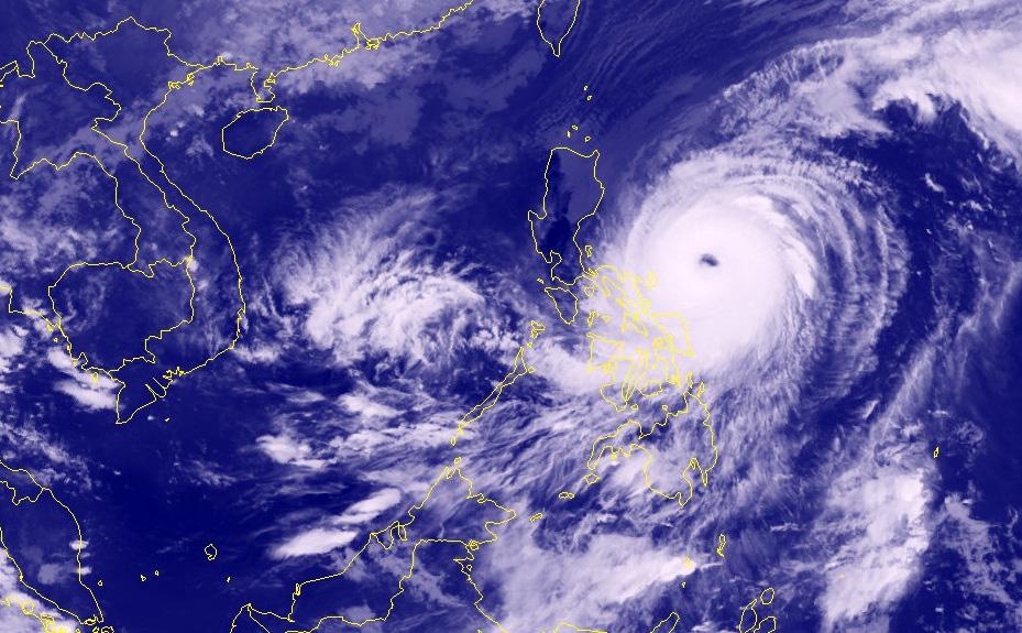 Super Typhoon Surigaenot likely to enter East Vietnam Sea