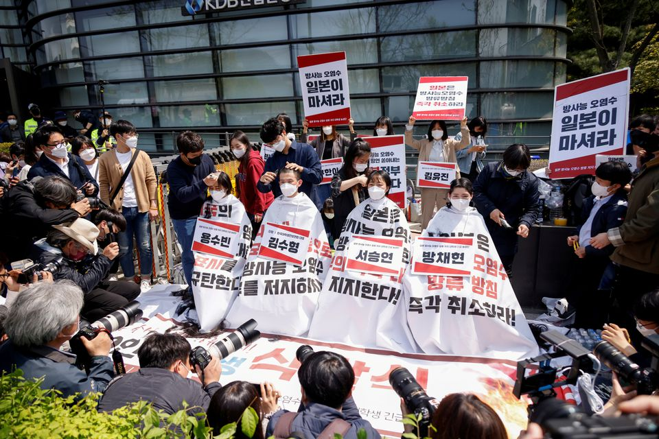 S.Korean students shave heads in protest over Japan's nuclear waste water plan