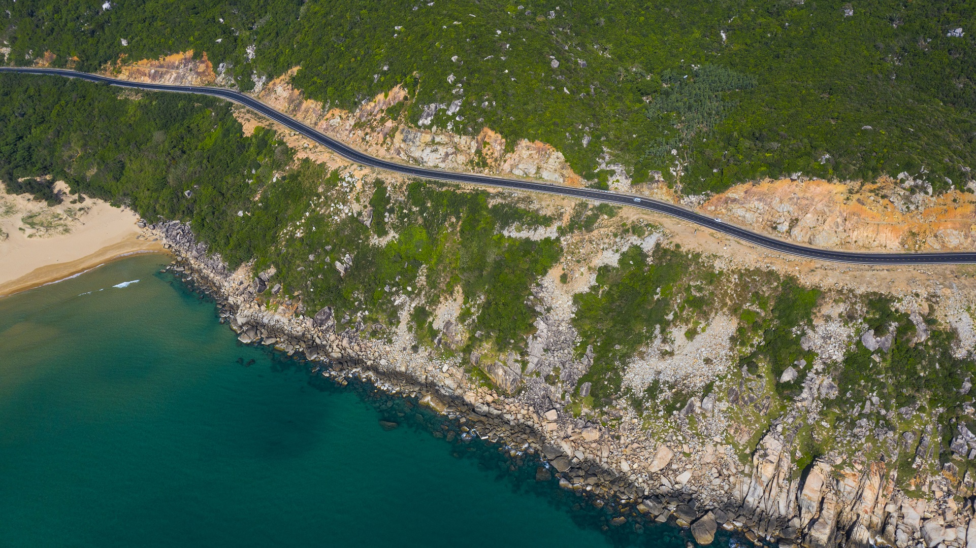 A coastal road in the central province of Phu Yen seen from above. Photo: Quang Dinh / Tuoi Tre News