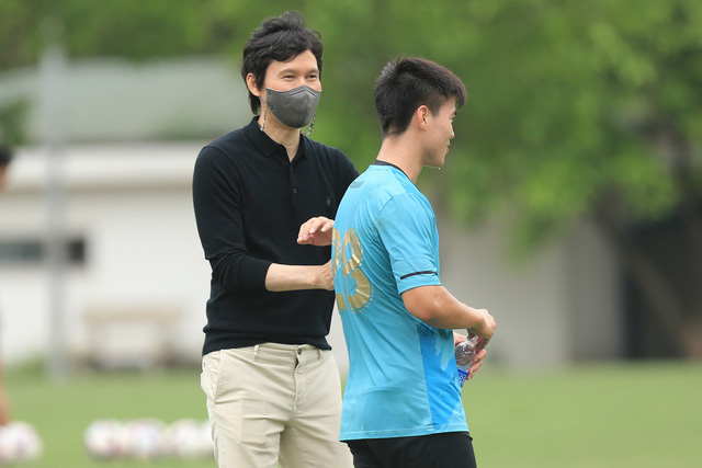 Former S.Korean international becomes Hanoi FC's first-ever foreign coach