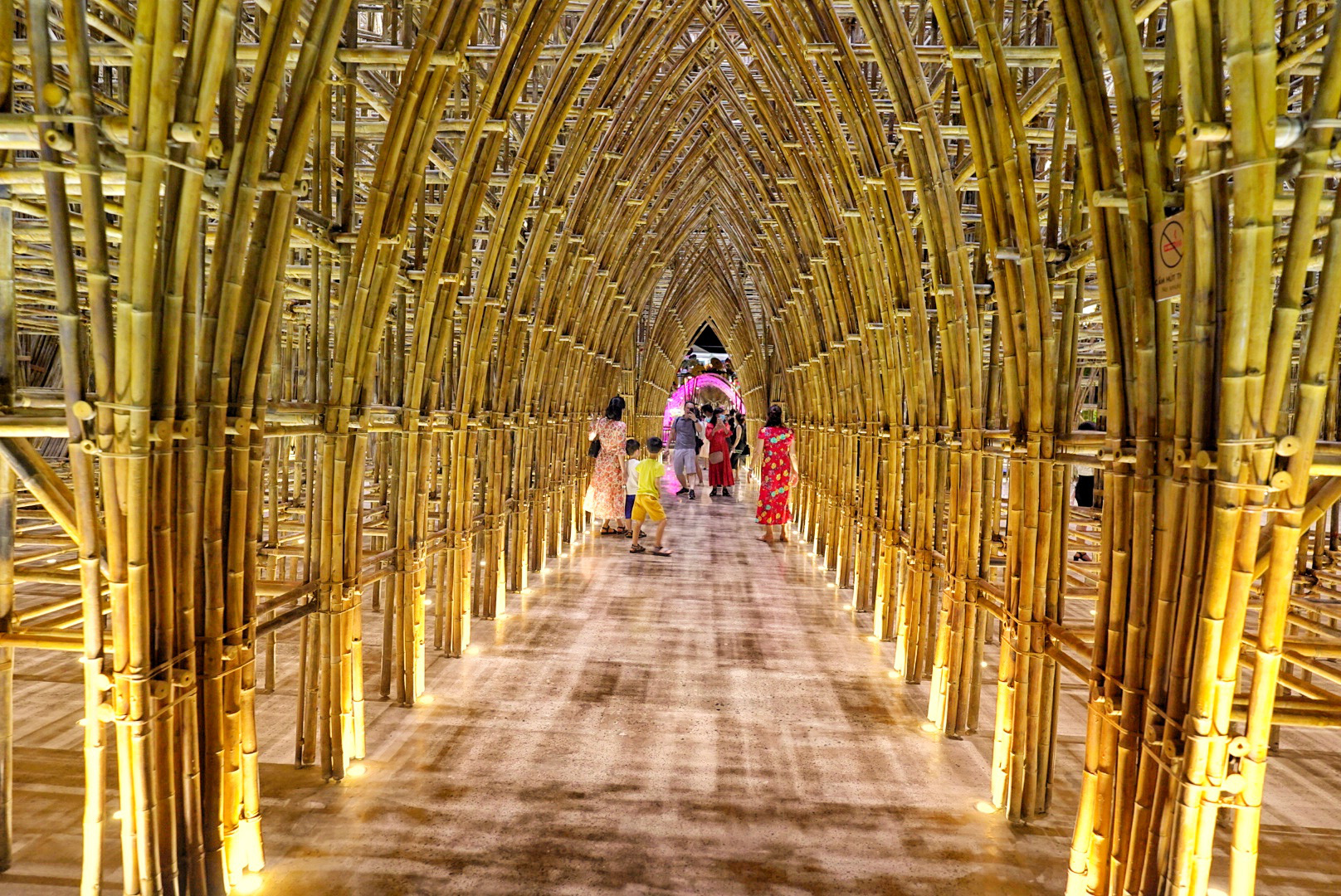 Bamboo Legend – Vietnam's largest bamboo construction. Photo: Hai Trieu / Tuoi Tre