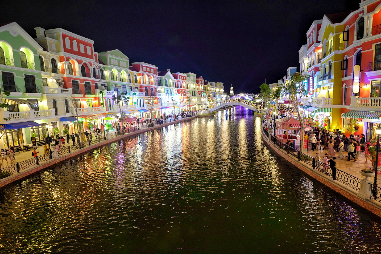 The replica of Venice's Grand Canal at Phu Quoc United Center. Photo: Hai Trieu / Tuoi Tre