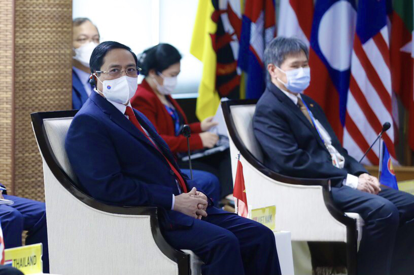 Vietnam premier calls on ASEAN member nations to seek solutions to Myanmar issue