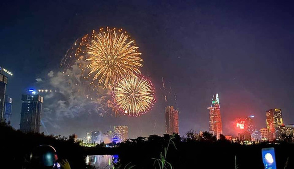Ho Chi Minh City cancels fireworks shows on Reunification Day over COVID-19 fears