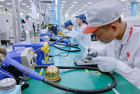 Vietnamese enterprises scramble to procure chips amid global chip crisis