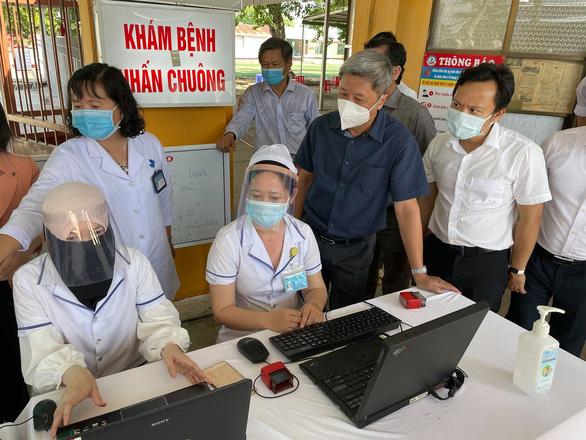 Vietnam reports 5 new coronavirus patients, including 4 imported cases