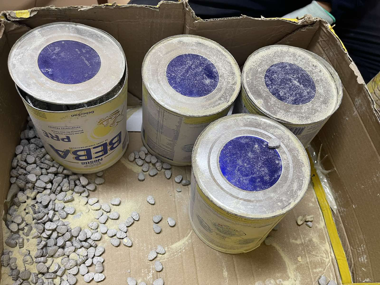 36kg of drugs found in imported canned products in Ho Chi Minh City