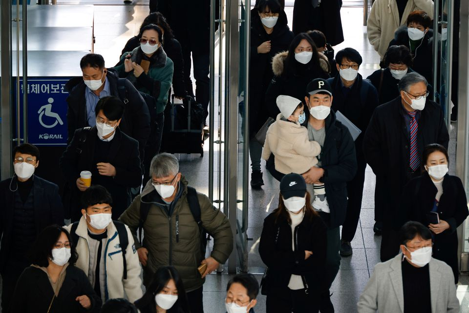 S.Korea to lift mandatory quarantine for residents fully vaccinated against COVID-19