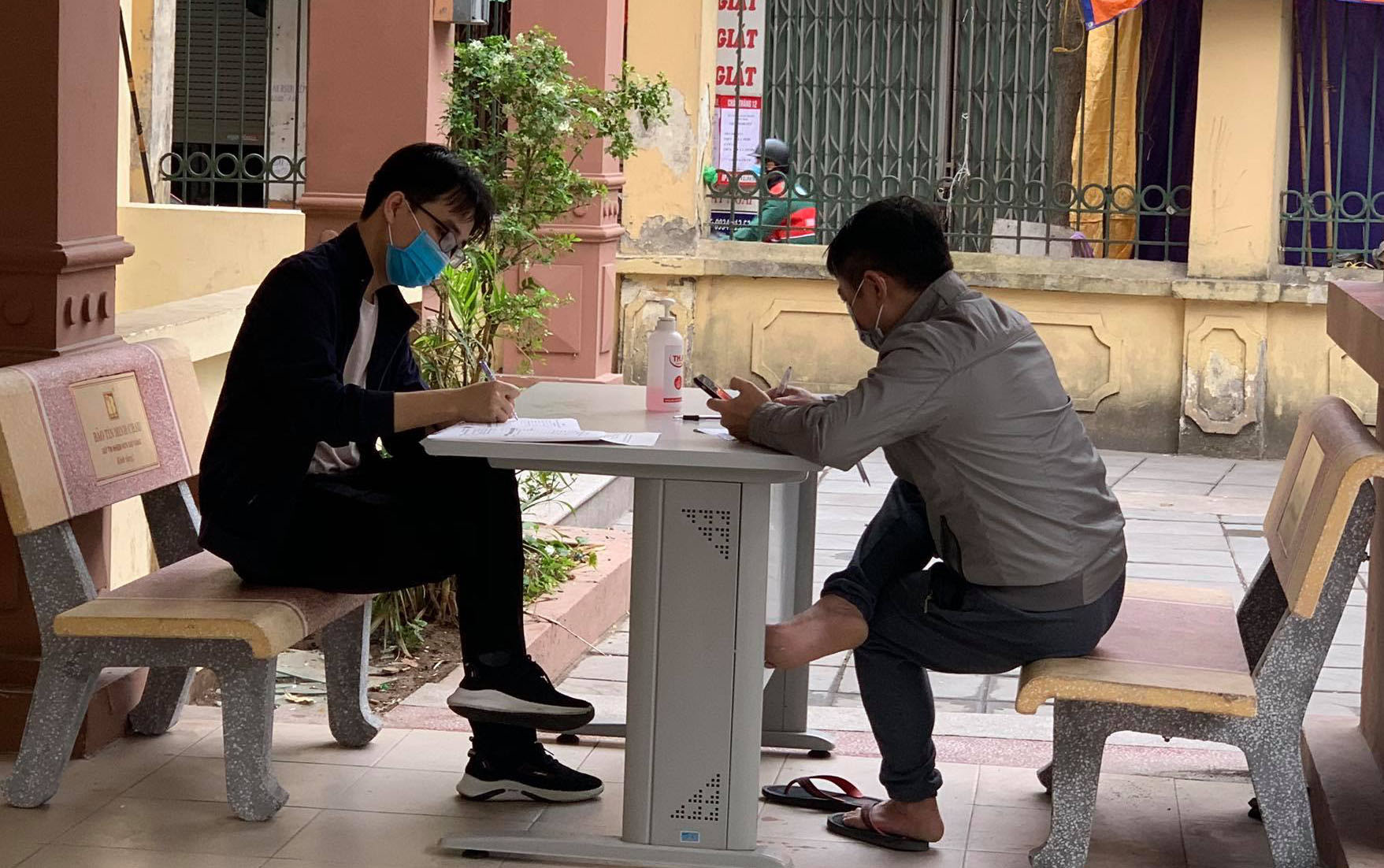 Hanoi requires returnees from other localities to make health declaration after public holidays