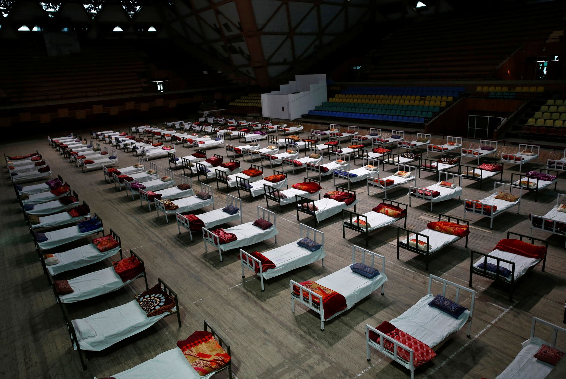Beds are seen in an indoor stadium converted into a COVID-19 care facility amidst the spread of the coronavirus disease (COVID-19) in Srinagar April 29, 2021. Photo: Reuters