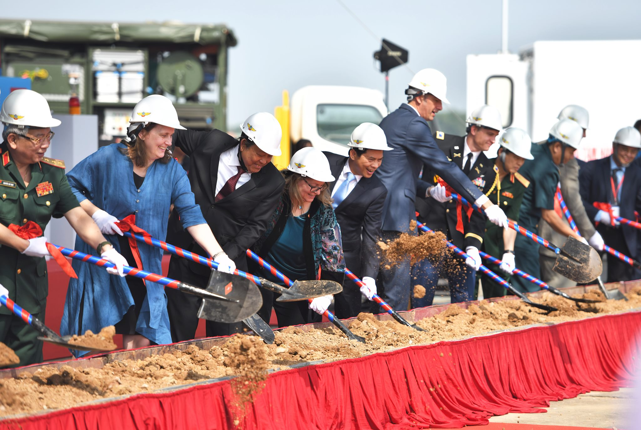 Marie Damour attends the groundbreaking ceremony of the project to clean up the dioxin contamination hosted by the United States Agency for International Development (USAID) and Vietnam's Ministry of Defense at Bien Hoa airport on December 5, 2019. Photo: U.S. Consulate in Ho Chi Minh City