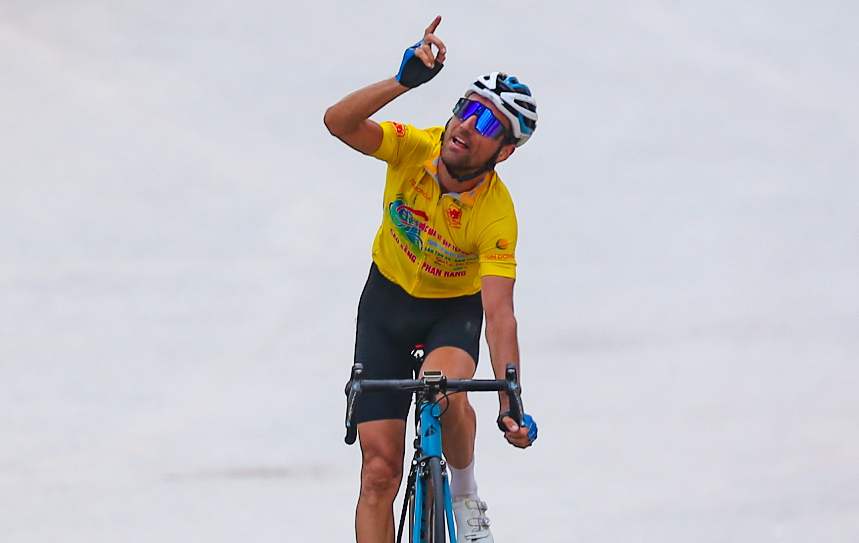 Former French men's U23 national team member wins overall victory of Vietnam's national cycling race