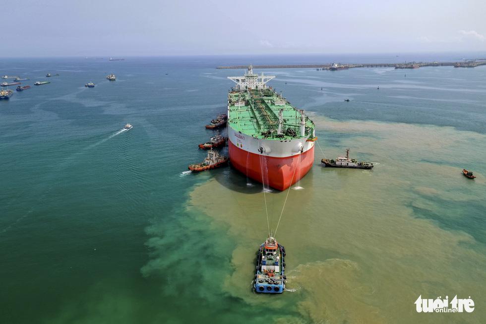 Vietnam's shipyard builds world's largest floating oil storage tank for Nigerian billionaire