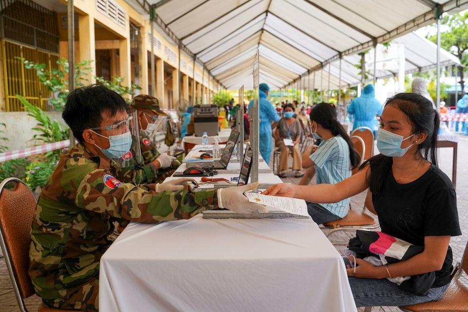 Cambodia reports daily record of 730 COVID-19 cases