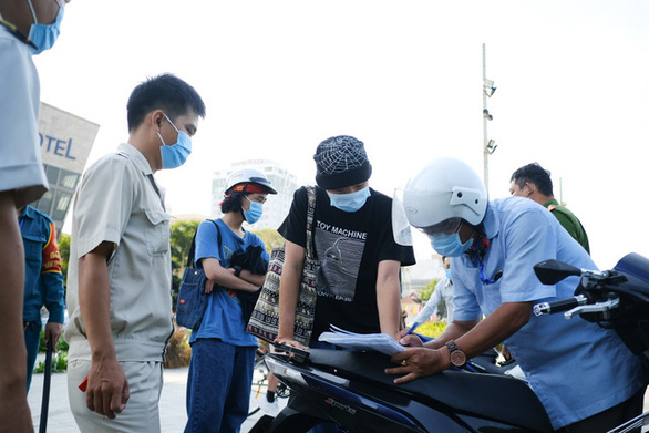 Vietnam records 12 local coronavirus infections in 24 hours