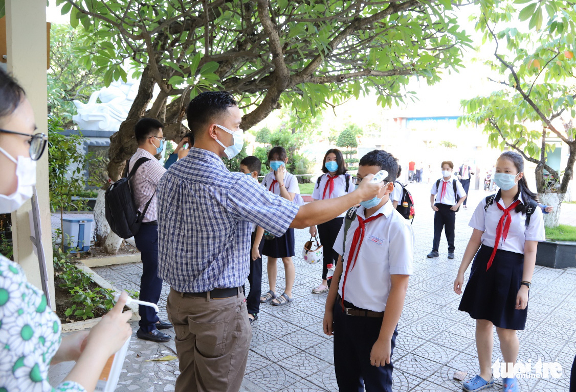 Vietnamese central city closes all schools after latest COVID-19 case reported
