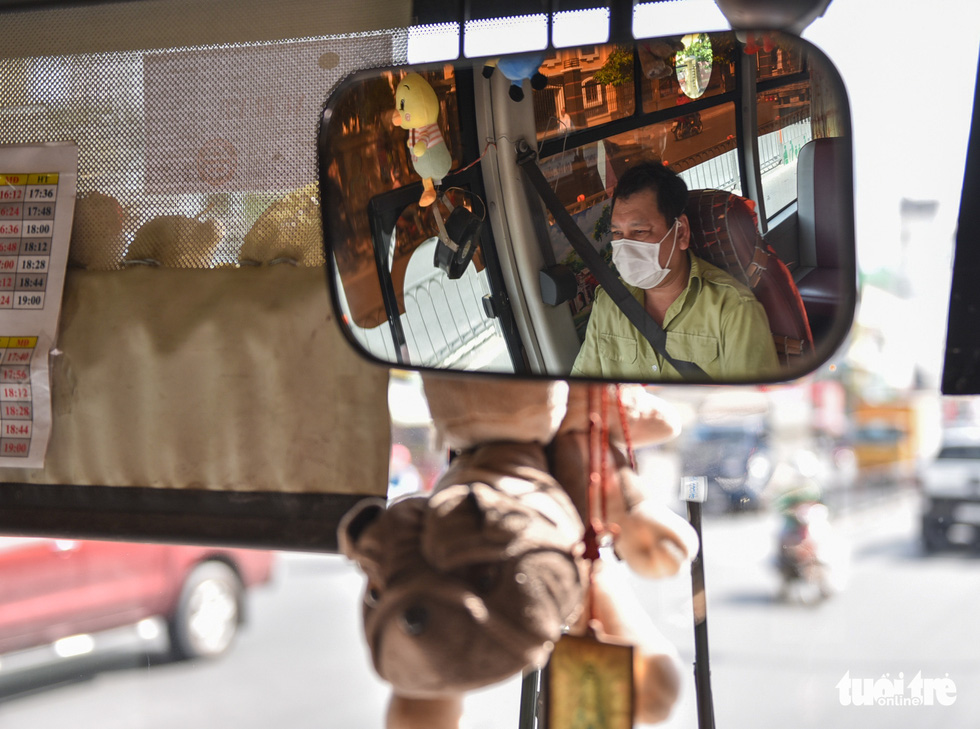 A vehicle running bus route No. 146 in Ho Chi Minh City is embellished with plush toys. Photo: Ngoc Phuong / Tuoi Tre