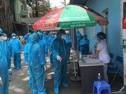 Doctor in Hanoi found infected with COVID-19