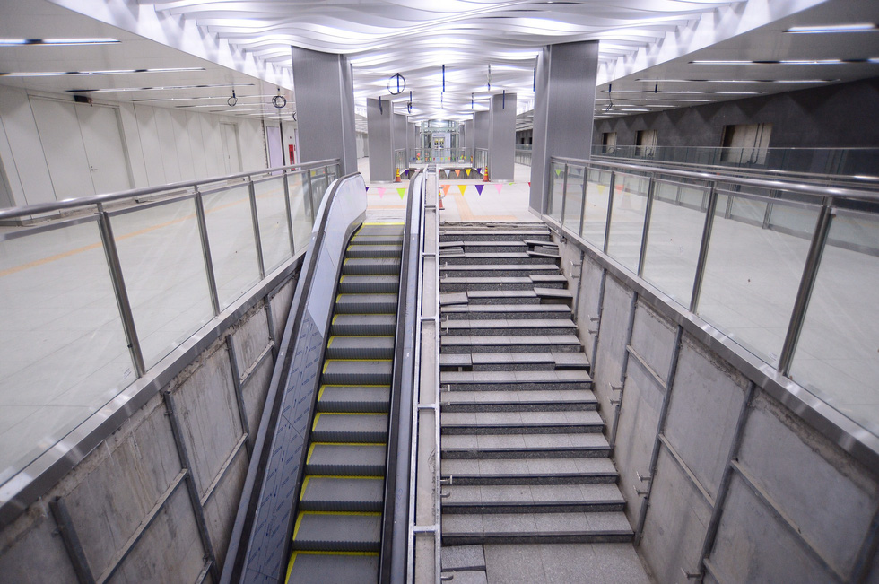 An escalator inside the Ba Son station under the Ben Thanh – Suoi Tien metro line in District 1, Ho Chi Minh City. Photo: Quang Dinh / Tuoi Tre