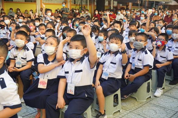 Ho Chi Minh City closes schools over latest COVID-19 threat