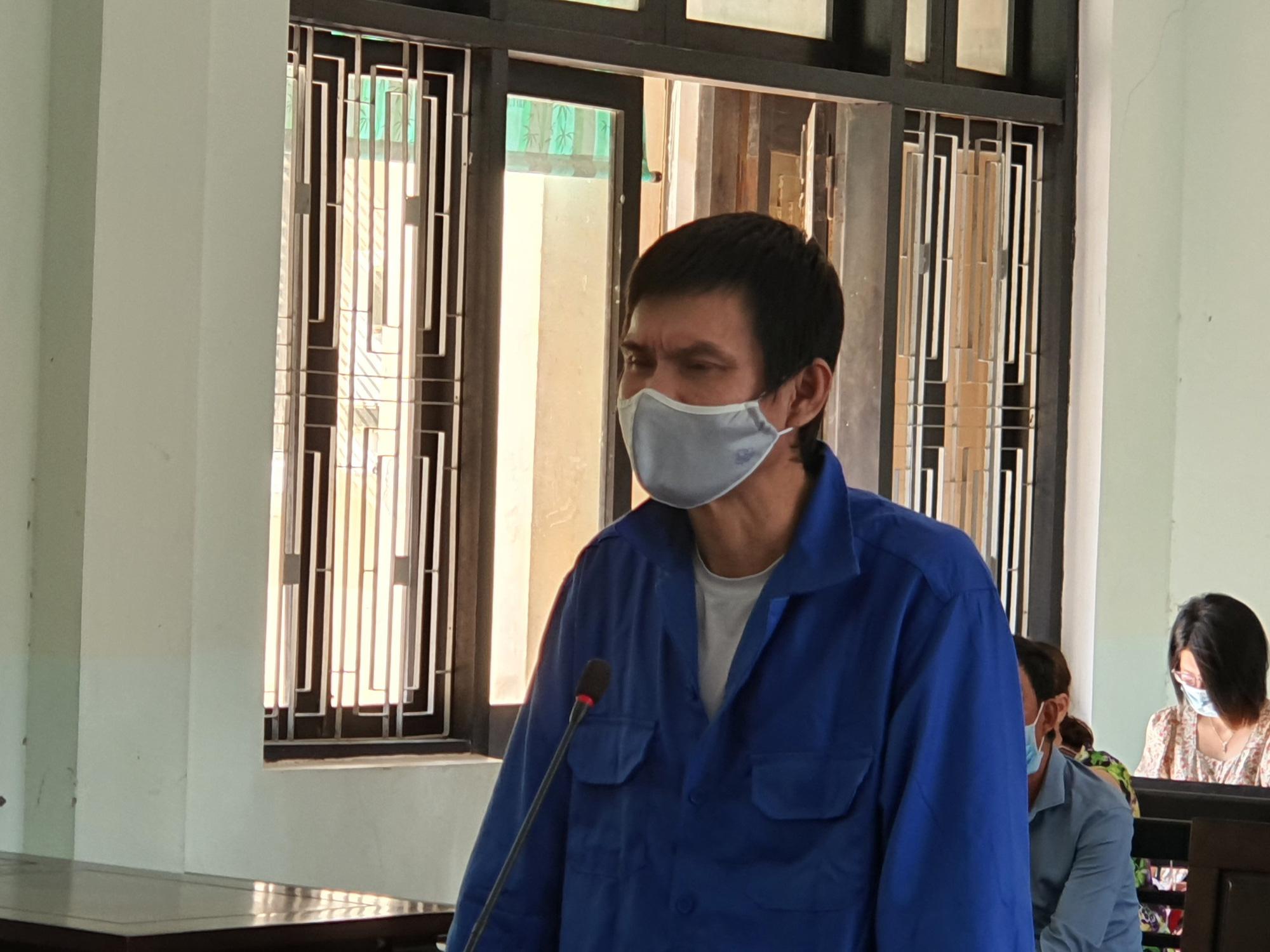 Vietnamese man sentenced to life behind bars for transporting 30,000 drug pills