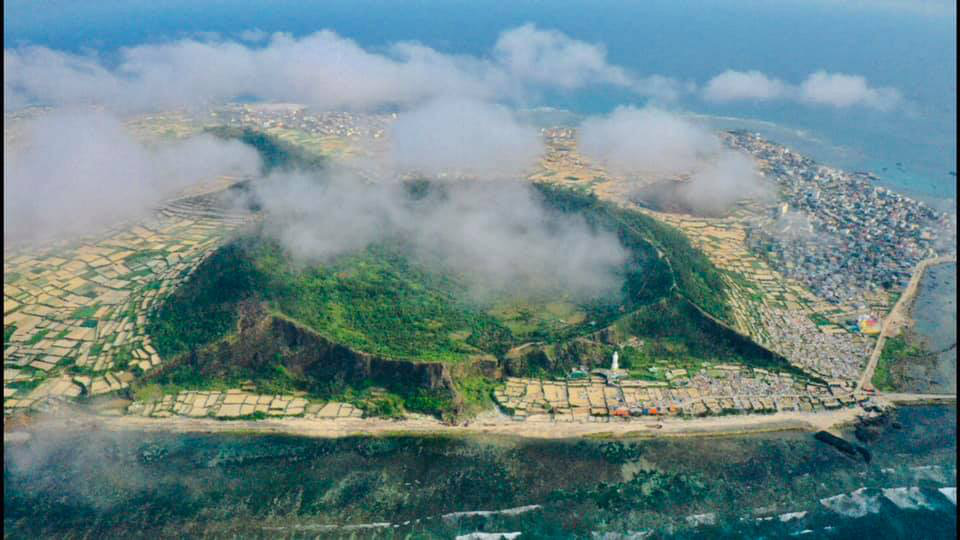 Central Vietnamese province proposes construction of airport on island